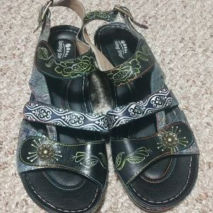 Spring Step Sandals Multi colored Size 40